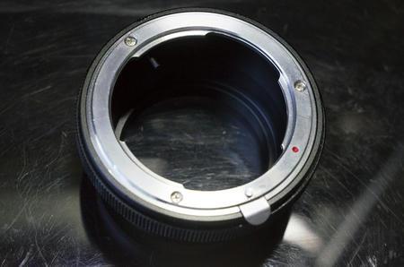 ニコンのレンズをNEXカメラに取り付けるレンズマウントアダプター