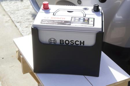 ボッシュ ハイテックシルバーII バッテリーに交換する