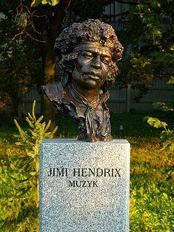 250px-Popiersie_Jimi_Hendrix_ssj_20060914.jpg