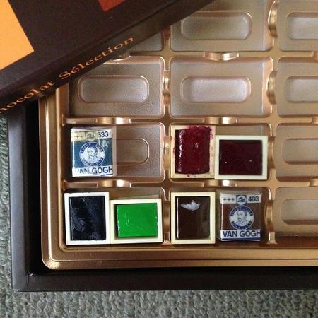 Van Gogh 固形水彩絵具 チョコレートの箱のパレット