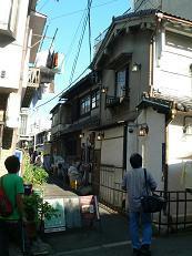 karahorishoutengai1.JPG