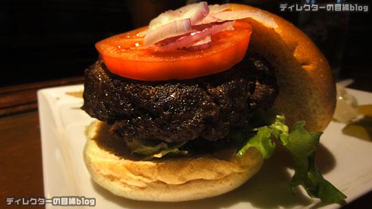 °○°東京ディズニーシー 絶品! 期間限定 2,000円の国産牛のハンバーガー@テディ・ルーズヴェルト・ラウンジ