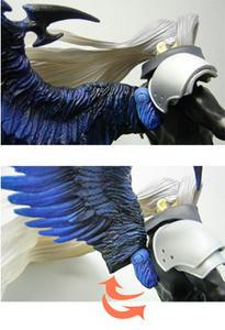 キングダムハーツアクションフィギュアのセフィロスの羽