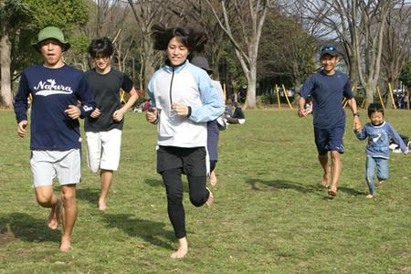 barefoot-running-2010-410.jpg