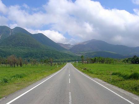 800px-Yamanami_Highway.jpg