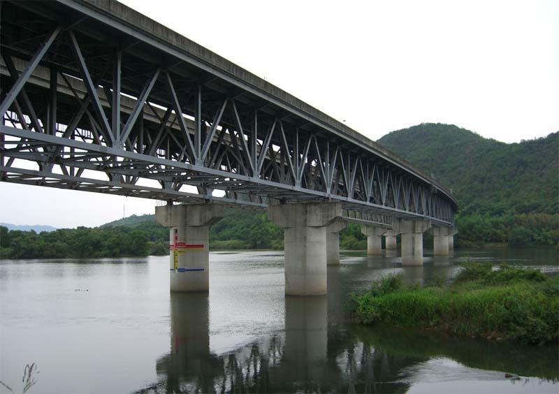 高梁川にかかる橋