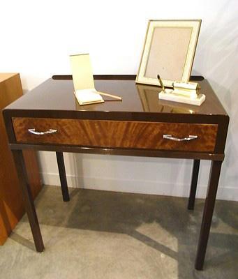 Simmons Norman Bel Geddes Vanity Desk