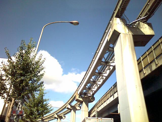 モノレールの線路
