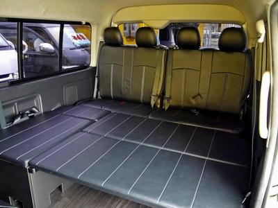 ハイエースワゴン 中古車 内装架装 カスタム