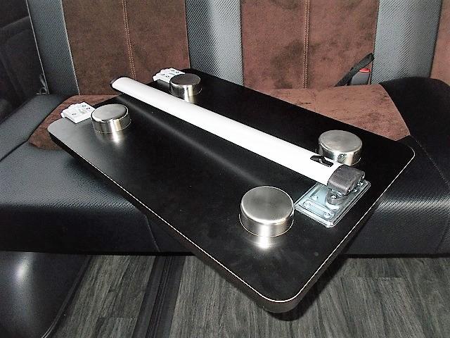ハイエース内装 テーブル