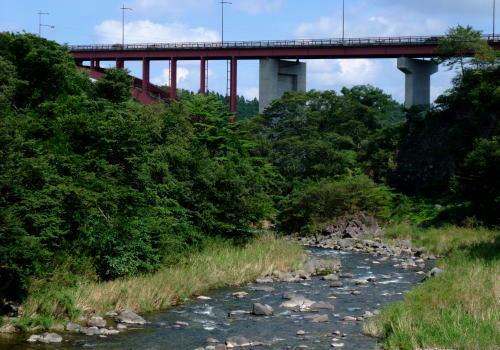 とても綺麗な渓流・・・那珂川