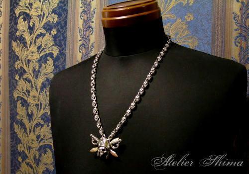 パイレーツスカル ネックレスの長さは60cm 長いです。
