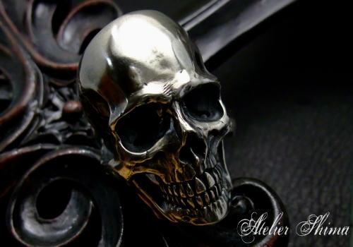 限りなくリアルに製作されたSkull Ring(スカルリング)