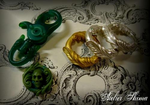 ロココ調の装飾を施したNEWパーツ。