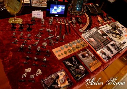 バイカーズパーティーという事で、Atelier Shima ではコンチョを中心としたラインナップでした。