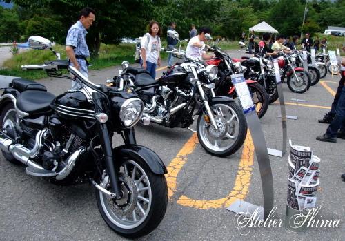 海外向けを含む最新モデルのバイクの展示もありました。