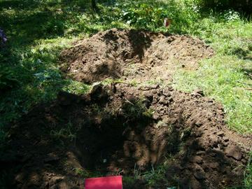 二人が掛かりで掘った穴