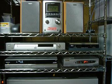 AV機器の棚