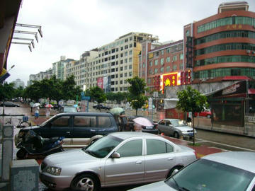 莆田ホテル前
