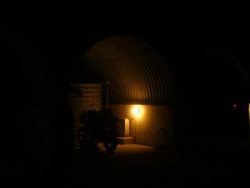 ライダーズイン室戸・入口(夜)