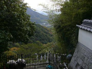 71番札所 弥谷寺 本堂からの眺め