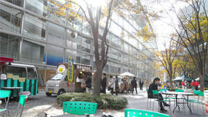東京国際フォーラム村