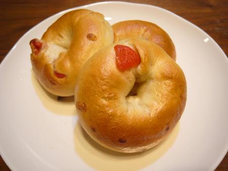 苺ミルクベーグル