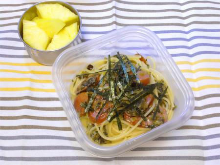 高菜とソーセージのパスタ弁当