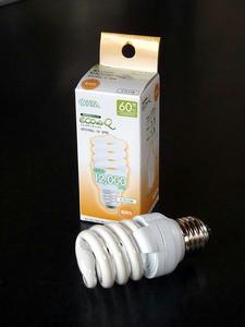 OHM 電球型蛍光灯(60W相当、電球色、口金26、EFD15EL/12-SPN)