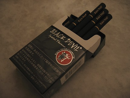 タバコ 甘い 匂い