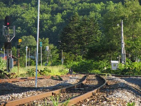 佐久駅構内から旭川方面を望む