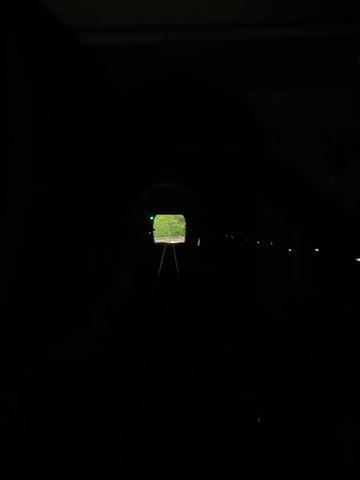 新狩勝トンネル内部