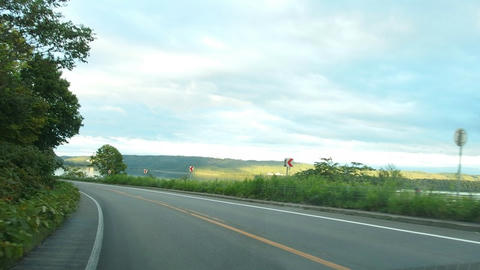 国道238号から網走湖を望む