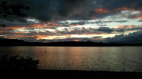 呼人浦キャンプ場から夕暮れの網走湖を望む