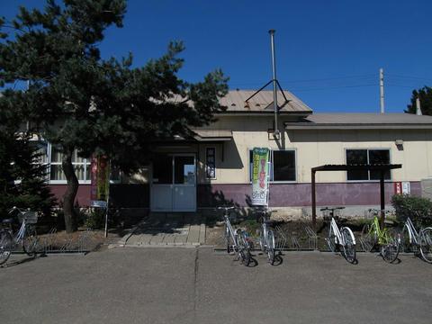 JR東相内駅舎
