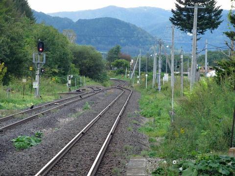 瀬戸瀬駅から旭川方面を望む