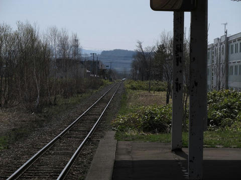 石狩沼田駅より深川方面を望む