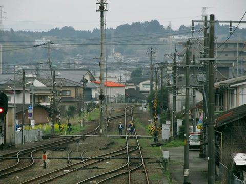 人吉駅跨線橋から東側を望む