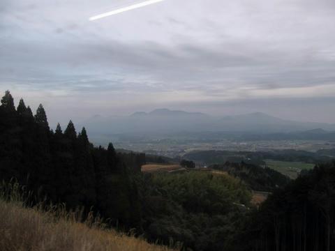 肥薩線からみた霧島連山