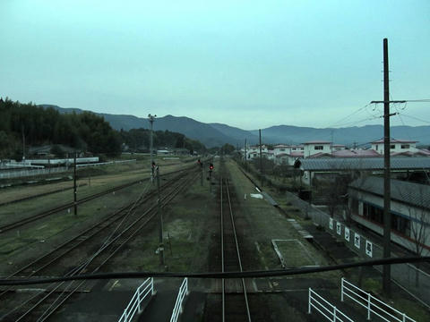 吉松駅から北側を望む