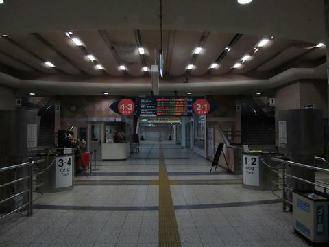 宮崎駅改札口