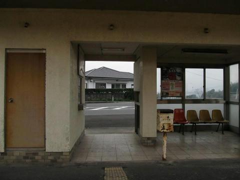 大隅夏井駅駅舎