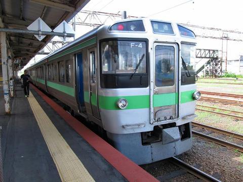 721系F-4編成@滝川駅