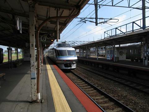 キハ183系クリスタルエクスプレス@滝川駅