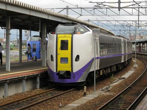 キハ261系ST-1103編成スーパー北斗@函館駅