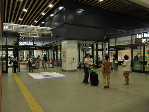 新函館北斗駅改札口・みどりの窓口