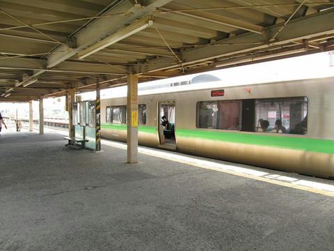 クハ733-108@島松駅