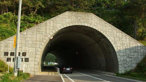 原木温泉トンネル