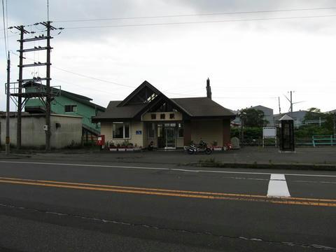 御崎駅駅舎