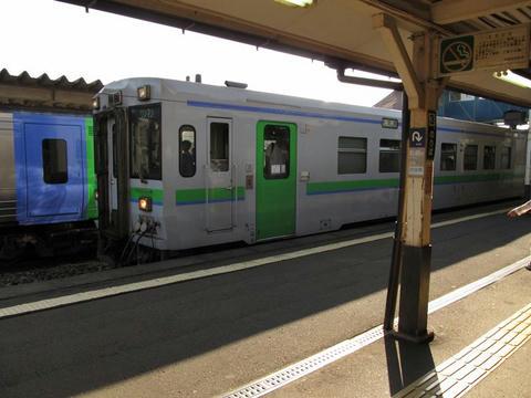 キハ150-107@伊達紋別駅